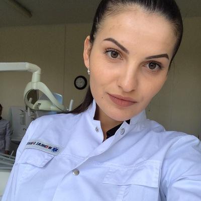 Каролина Добан
