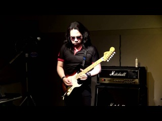 Far Beyond The Sun (Yngwie Malmsteen) peformed by Kelly SIMONZ