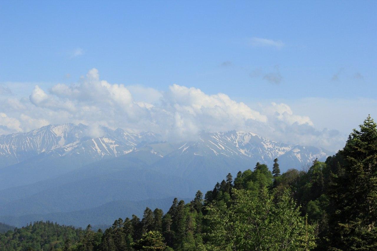 снежные вершины, горы, лагонаки в мае