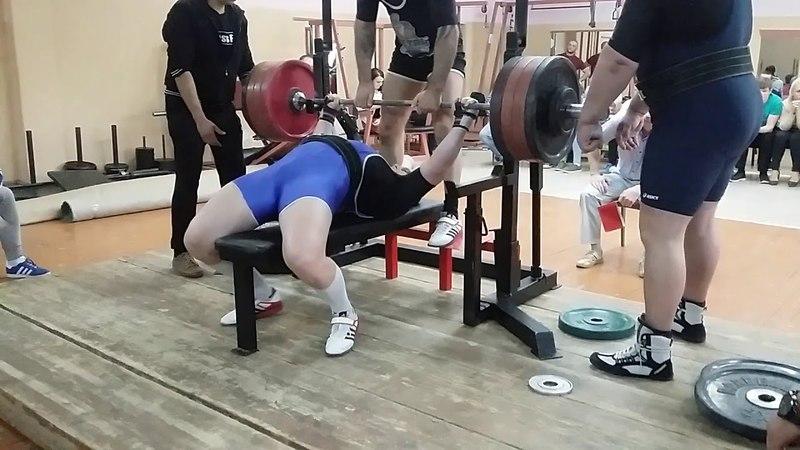 230kg (501 лошадиная сила по прогнозам :-D )