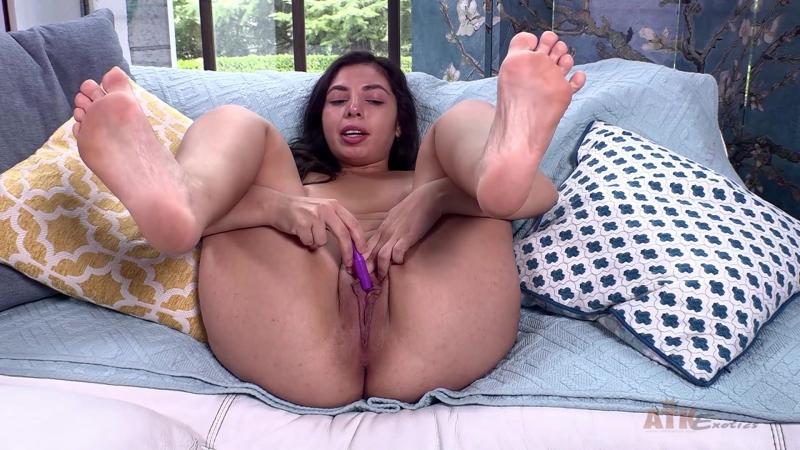 ATKExotics Luna Leve Toys, Latina, Amateur, Teen, Solo, Open Pussy, Masturbation, Fingering, Big Ass, New