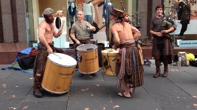 Awesome Clann An Drumma - Clanadonia