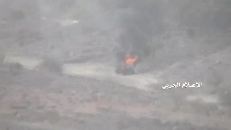 Хуситы обстреливают позиции армии Хади в районе Сирваха, провинция Мариб.