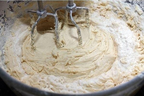 """Кекс """"Столичный"""" Ингредиенты: Сливочное масло - 205 г Сахар-песок -"""
