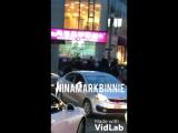 Фанкам 180321 Югём, Ёнджэ, Бэм Бэм, Марк и Джейби возле здания компании JYP Ent.