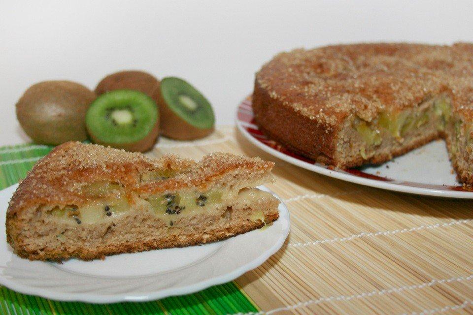 Фруктовый пирог с киви Ингредиенты: Мука — 200 г Сахар