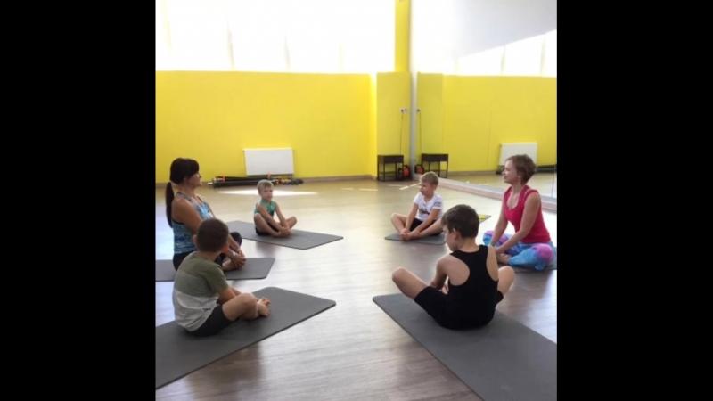 Курс по детской йоге