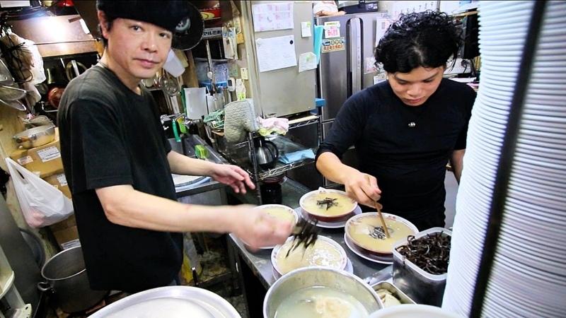 Japans Top Secret Ramen Shop! JAPANESE STREET FOOD in Fukuoka, Japan (Blue Bucket Ramen)