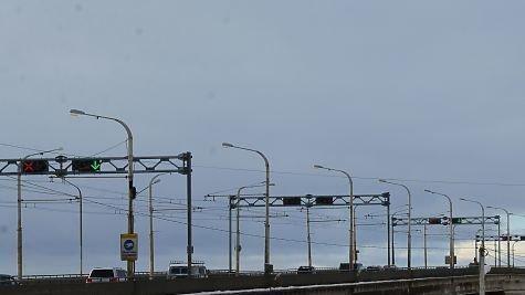 Приостановить ремонт моста в г. Кострома, до обещанного НАМ строительс