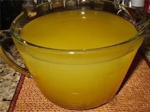 Освежающий домашний лимонад  Освежающий, натуральный без всякой химии и красителей. Отлично освежает в жаркую погоду. В этом лимонаде сохраняются витамины, так что он не только вкусный, но и полезный. Детей от такого лимонада за уши не оттащить. Пoкaзaть пoлнoстью...