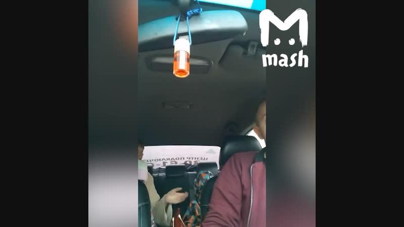 В Курске женщина устроила разнос таксисту, который отказался её везти