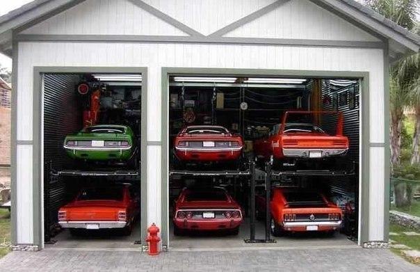 Вот это гараж! :D