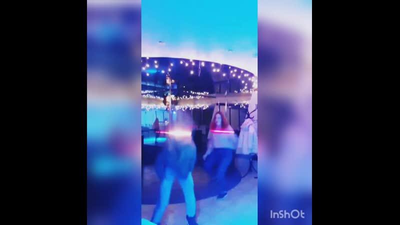 танцуем, пока молодые