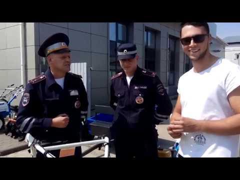 Не ПОКАЗАЛ ИНСПЕКТОРУ ДПС ДОКУМЕНТЫ. Блогер Всея Руси отстоял свои права! Бестолочи полиции.