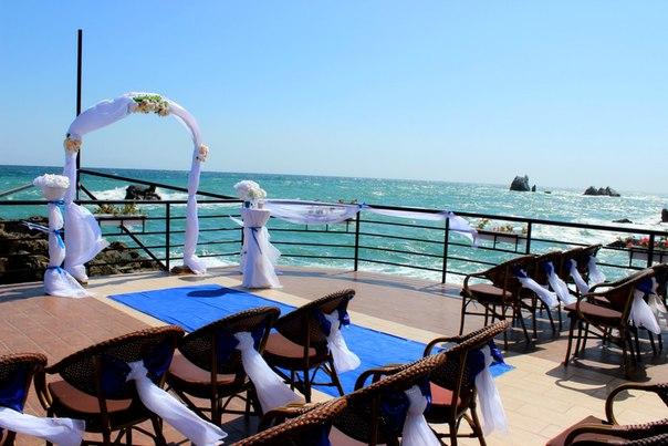 Свадьба в Крыму в кафе Крыма.