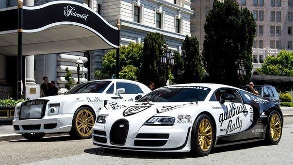 Rolls-Royce Phantom vs. Bugatti Veyron