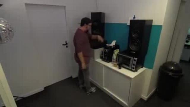 Coffee machine, gabber
