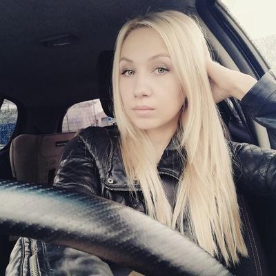 Anjya Dolgova