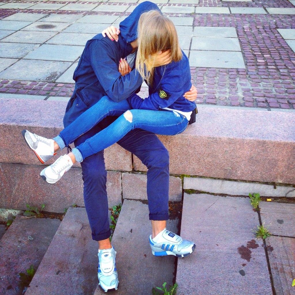 Фото пацана и девочки на аву
