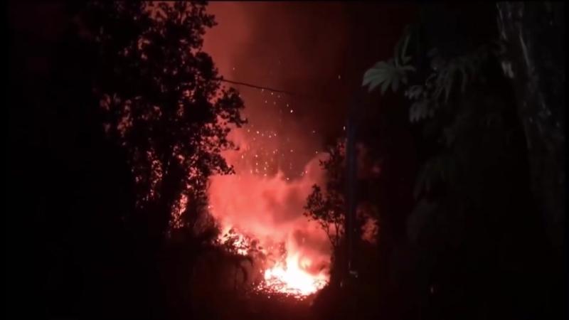 Разрушительные последствия вулкана Килауэа на Гавайях.