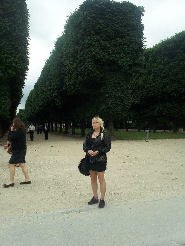 Елена Руденко. Франция. Париж. 2013 г. июнь. 9koq5V1taho