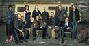 Актеры сериала «Breaking Bad» собрались вместе на фотосесси для журнала Entertainment Week…