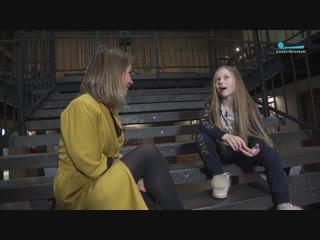 Вика Родионова проводит мастер-классы по танцам, играет в кино и театре, ведёт свой youtube-канал. И всё это в девять лет