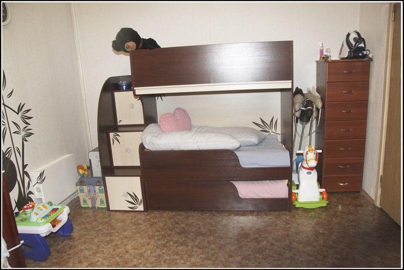 Продам кроватку для ТРОИХ детей