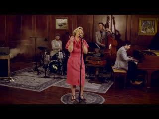 Джазовый кавер песни paramore - misery business