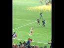 Как игроки Франции катались по газону радуясь победе на FIFA World Cup Russia 2018