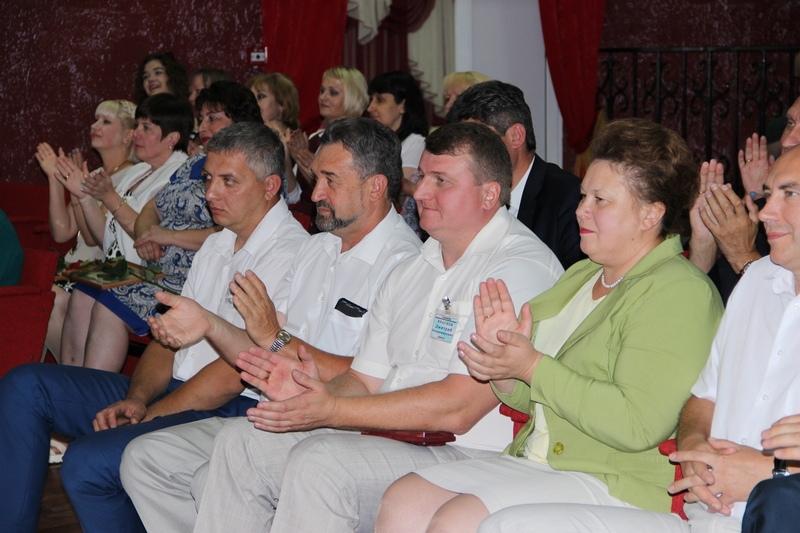 Сценарий юбилея дома интерната для пожилых волонтеры для домов престарелых