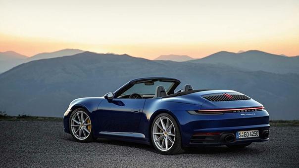 Новый Porsche 911 получил версию без крыши.