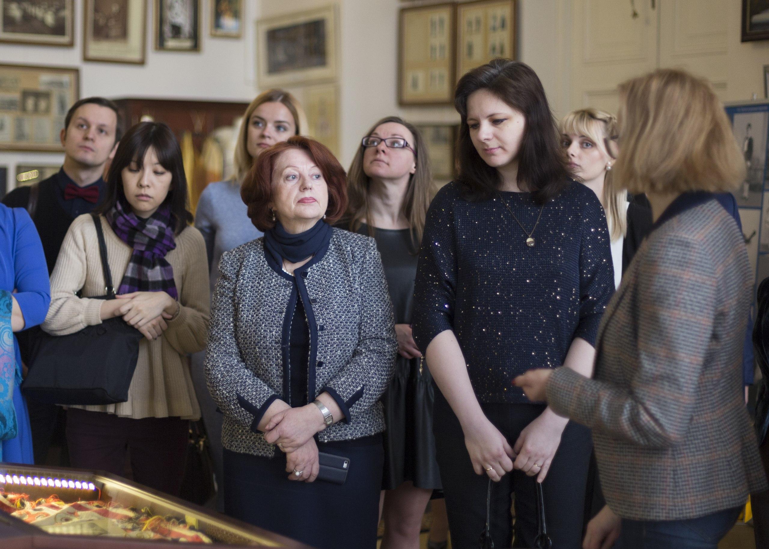 Экскурсия в музее Академии