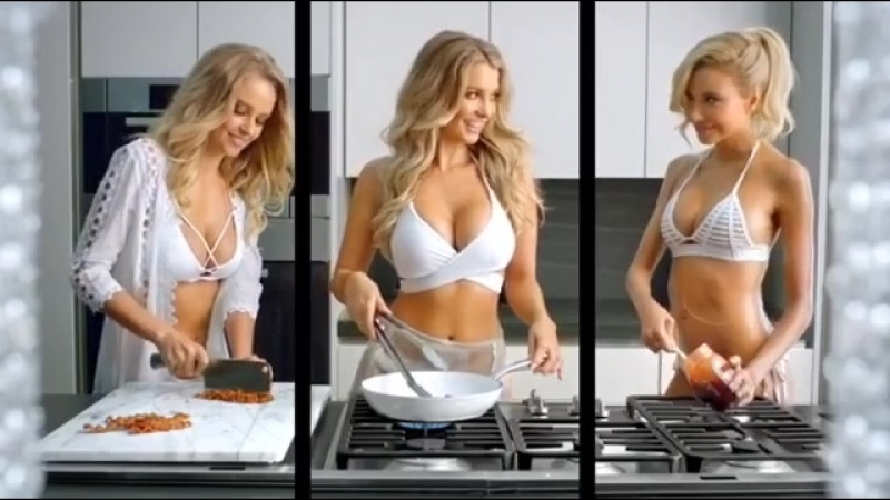 Today we conclude this weeks theme highlighting the sexiest models eating both in marketing and in their real lives смотреть онлайн без регистрации