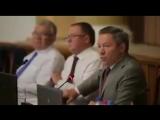 Глава администрации Липецкой области Олег Королев объясняет необходимость пенсионной реформы в