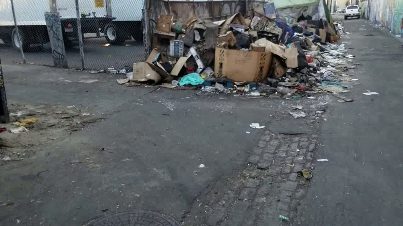 Trash and human waste,rats pile up on Ceres in Downtown Los Angeles