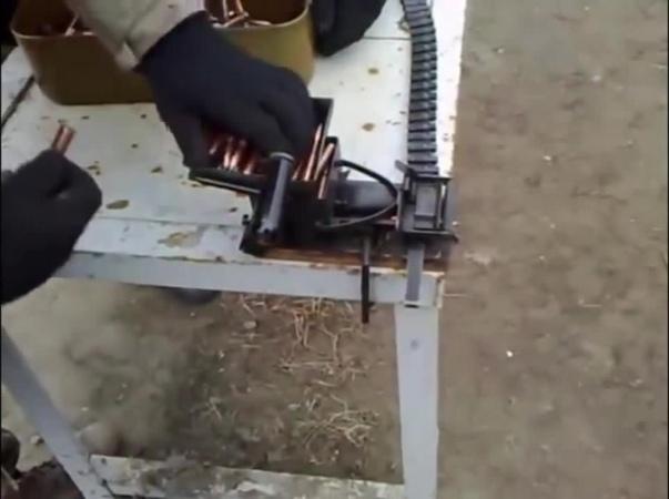 Как заряжают пулеметную ленту Машинка Ракова coub