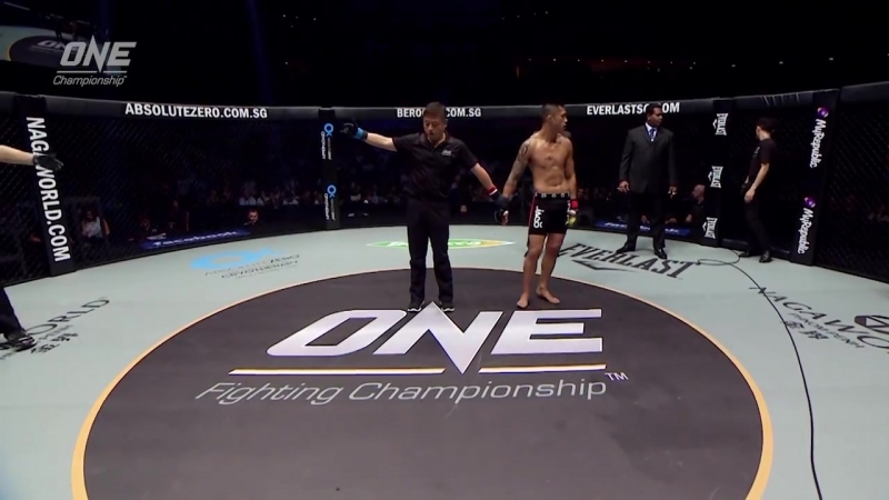 Martin Nguyen defeats Rocky Batolbatol via Submission at 2:10 of Round 2