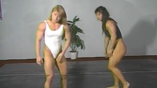 Athena Annis vs Sharon Marvel Hot Female Bodybuilders Strong Women Fight & FBB bearhug