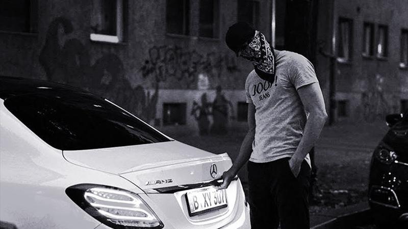 Wu-Tang Clan ft. The Notorious B.I.G. - 3 Bricks (Izzamuzzic Remix)