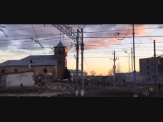 Взрыв на пиротехническом заводе в Гатчине: видео с места ЧП прямо сейчас