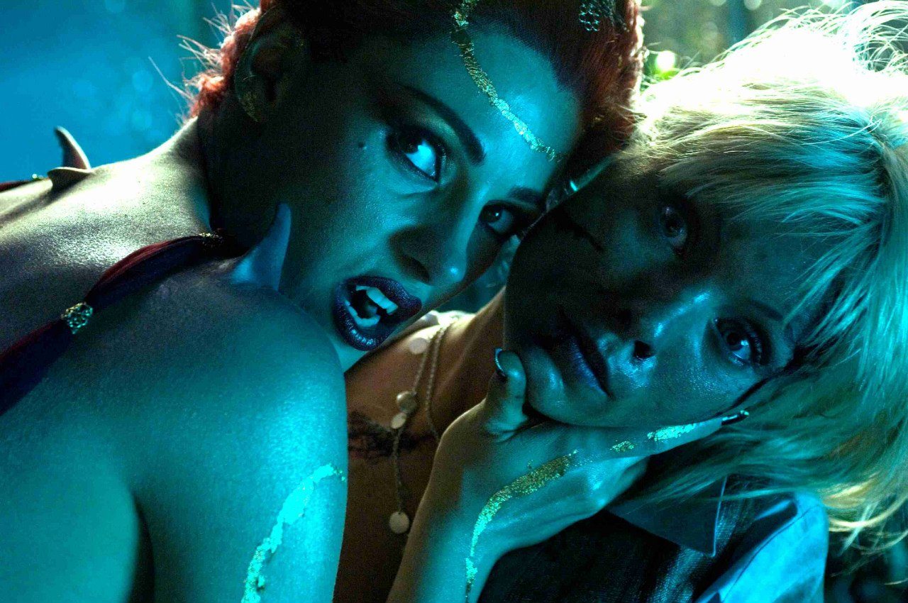 Download legal barley lesbian vampire movies free erotic clip