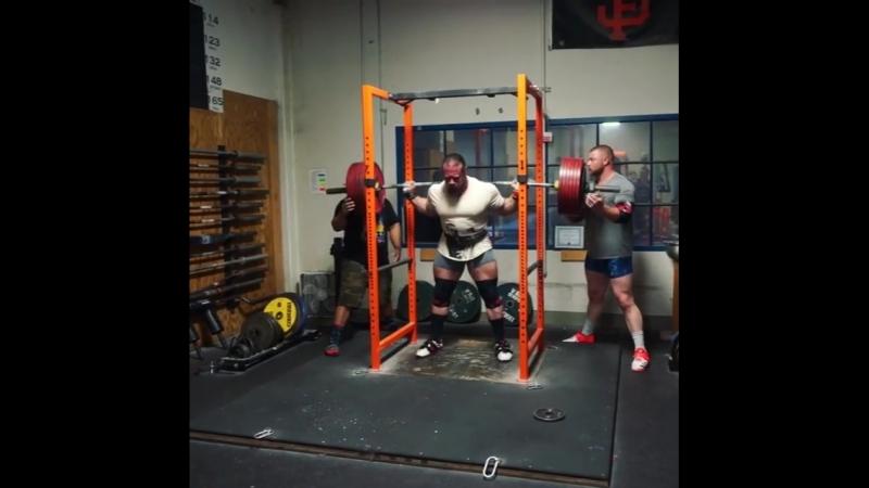 Дэн Грин - присед 350 кг на 2
