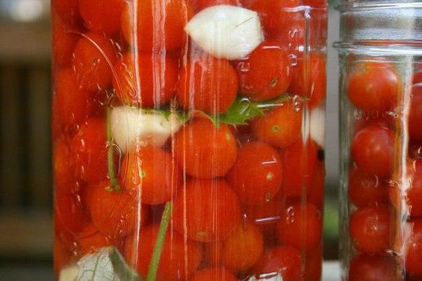 Рецепт помидоры с чесноком и хреном