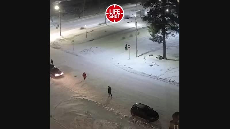 В Карелии лихач сбил мэра города, переходившую дорогу в неположенном месте