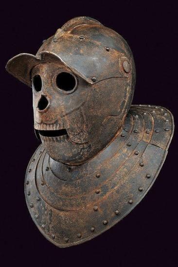 Савойский шлем. XVIIв.Выглядит немного удивленно.