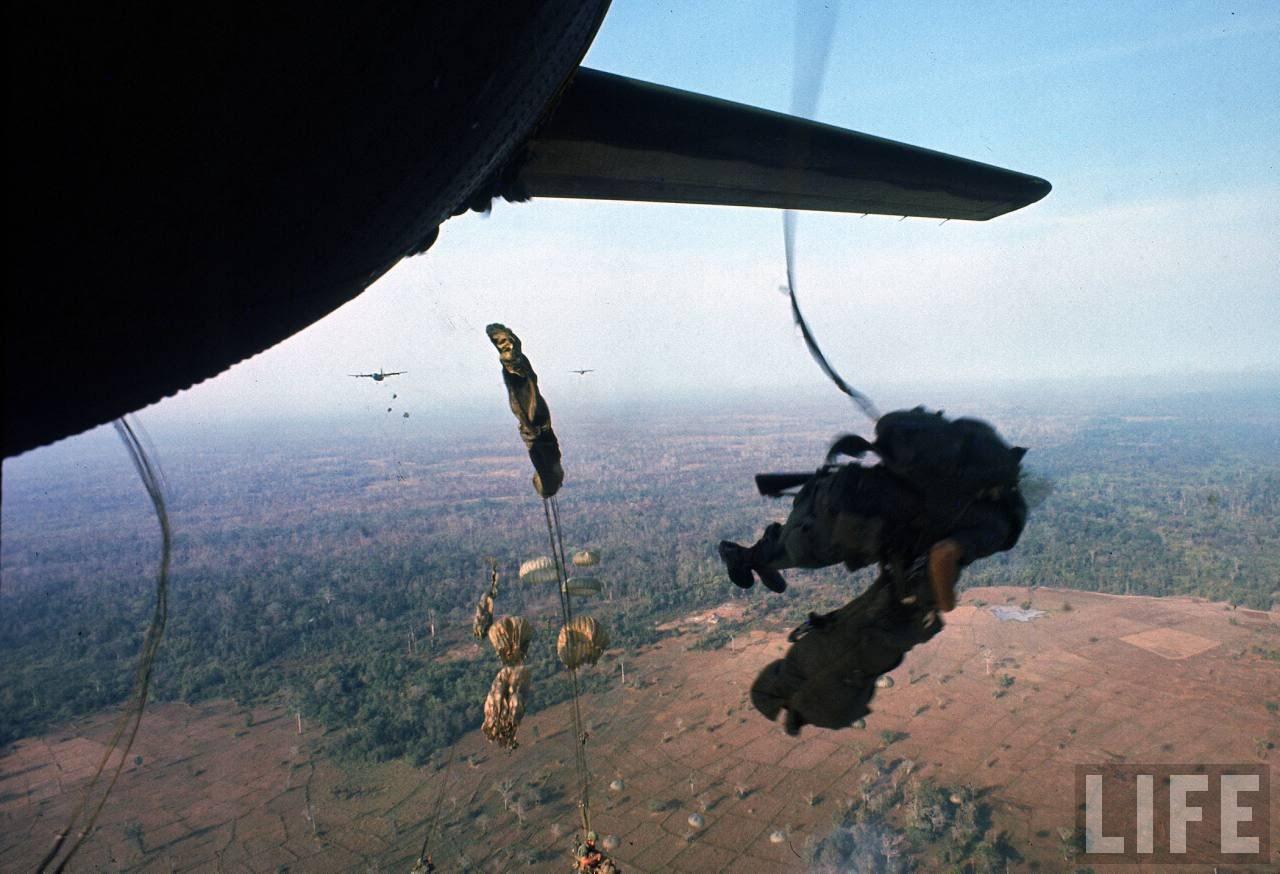 guerre du vietnam - Page 2 FzAggGfts4M