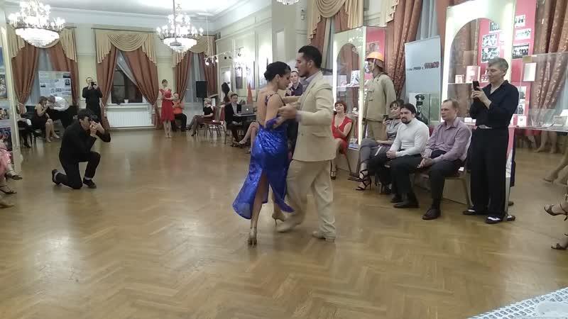 Jonatan Baez и Julia Gorin_постановка