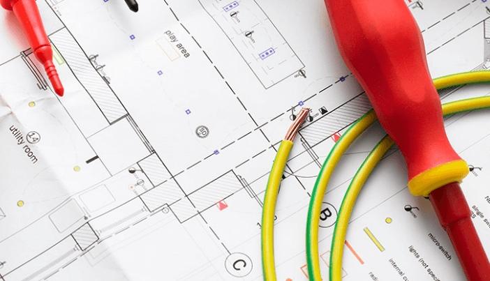 Электрика в квартире и поиск лицензированного электрического подрядчика