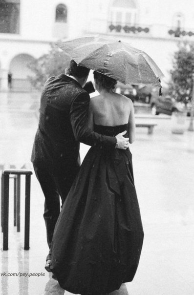Мужчина становится человеком в максимальной из доступных ему степеней совершенства только тогда, когда в жизнь его войдёт женщина, движимая любовью... Иннокентий Смоктуновский.